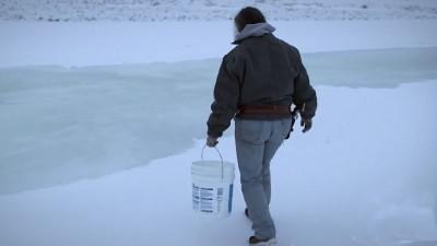 Life-Below-Zero-Getting-Water